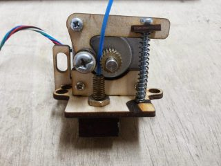 atom simple diy extruder plywood 1